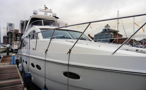 Flybridge Sealine T60 Motorboat docked in Ipswich