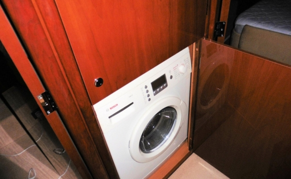 Washing machine on board Sealine T60