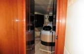 Side guest twin berth cabin