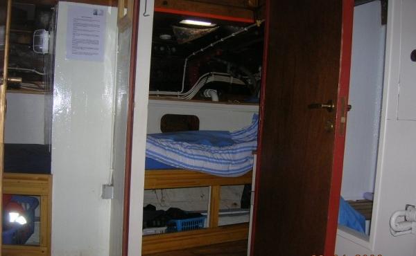 side-cabin-aft-600x450