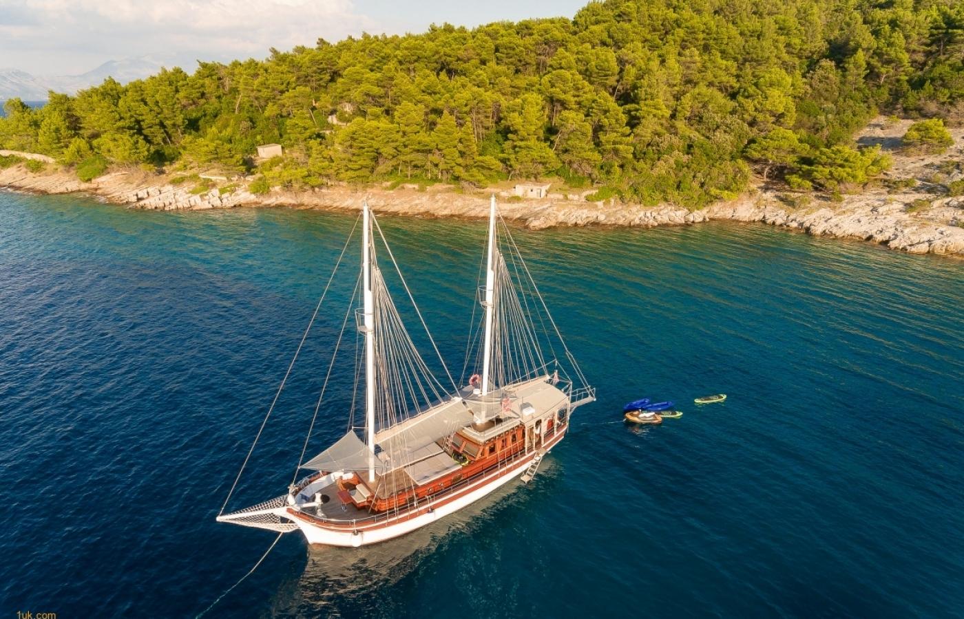 Gulet Slano for Charter in Croatia