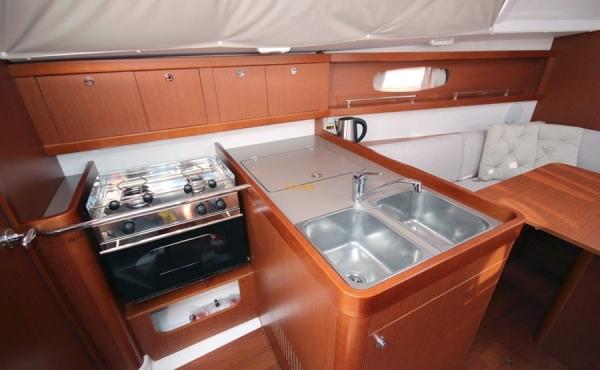 kitchen area inside of the Beneteau Oceanis 31