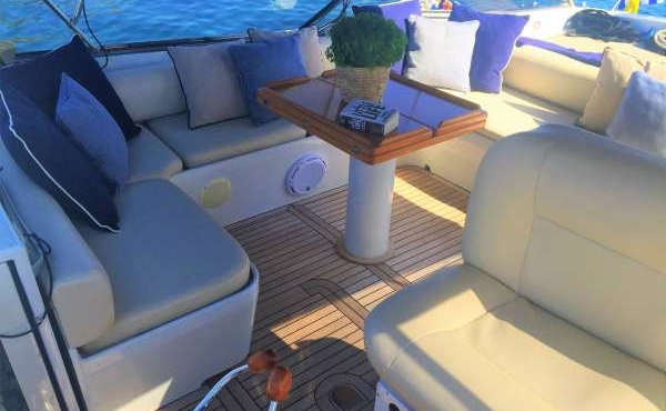 Beautiful interior on board Snapper
