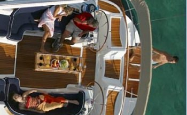 A view of the top deck on osarracino