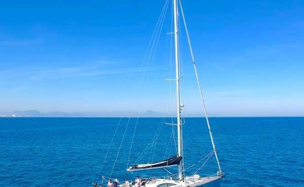 Osarracino sailing around spain