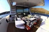 Dining table at the stern of the boat