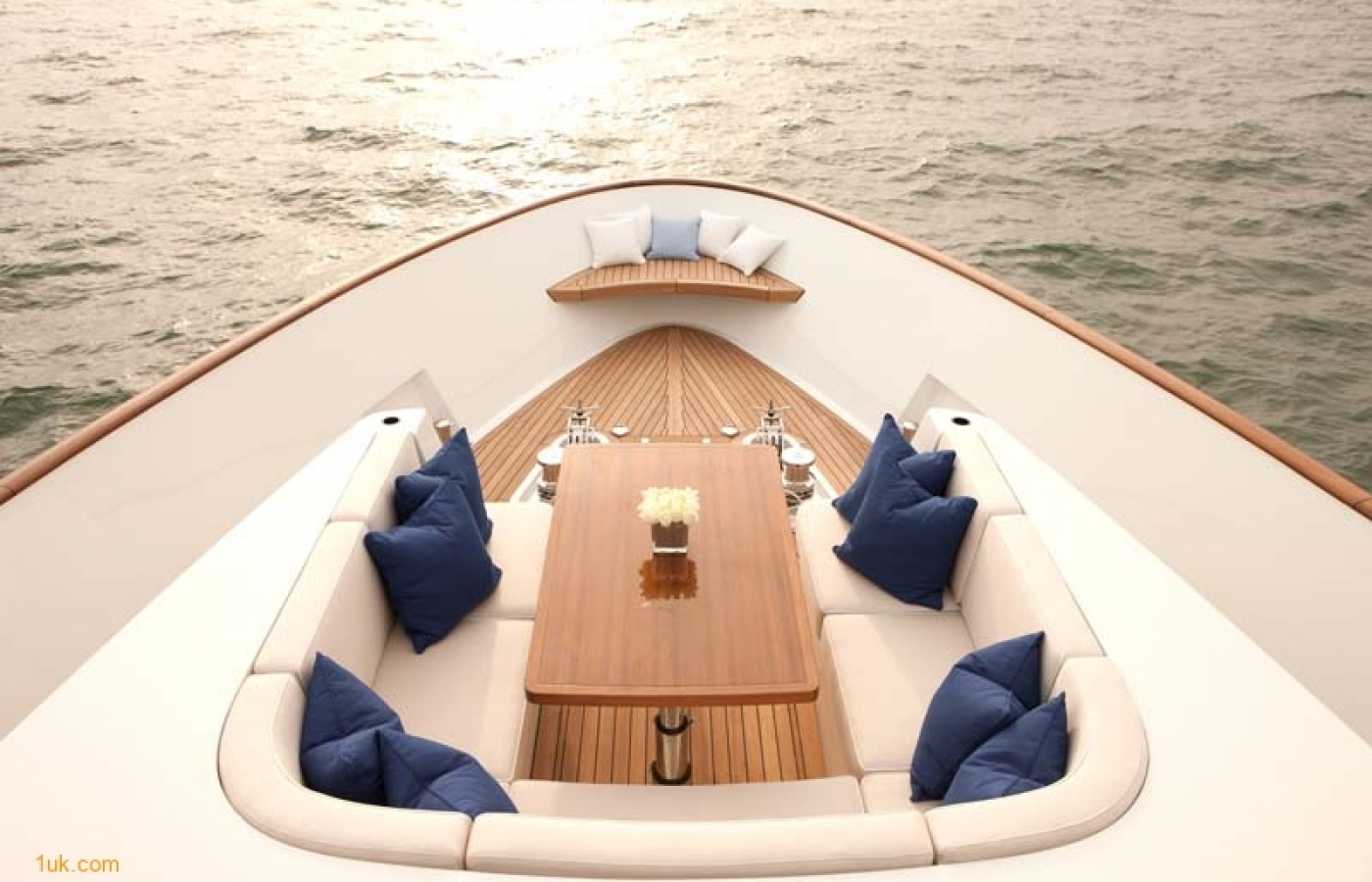 Yacht Firefly - MD Fwd
