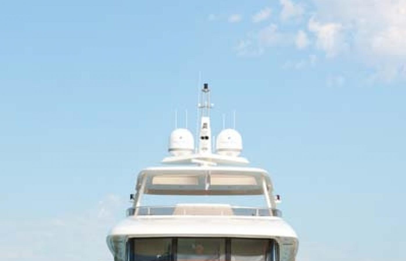 Yacht Firefly 4V7X6164