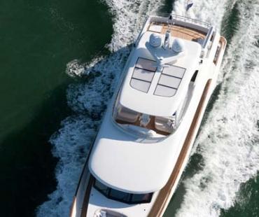 Yacht Firefly - Sea 3