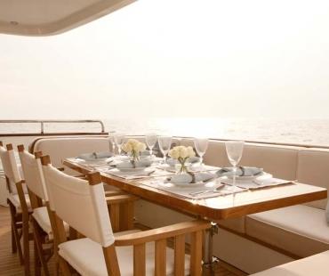 Yacht Firefly 4V7X7319