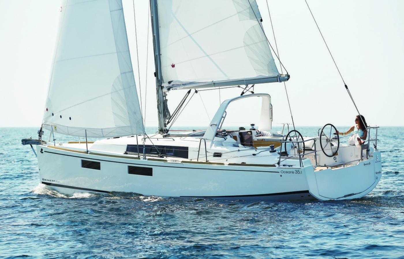 beneteau-oceanis-35-1