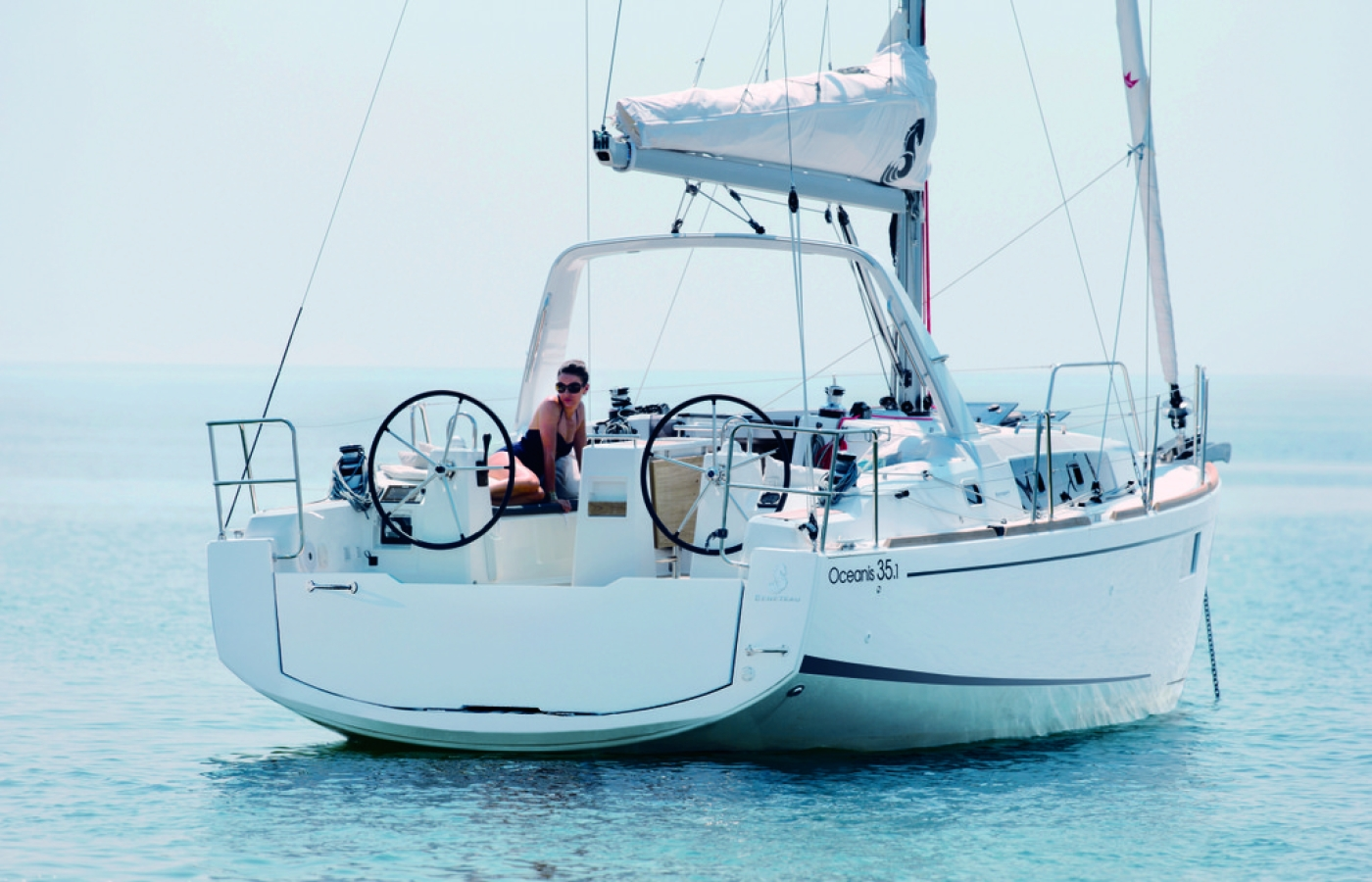 beneteau-oceanis-35-1out to sea