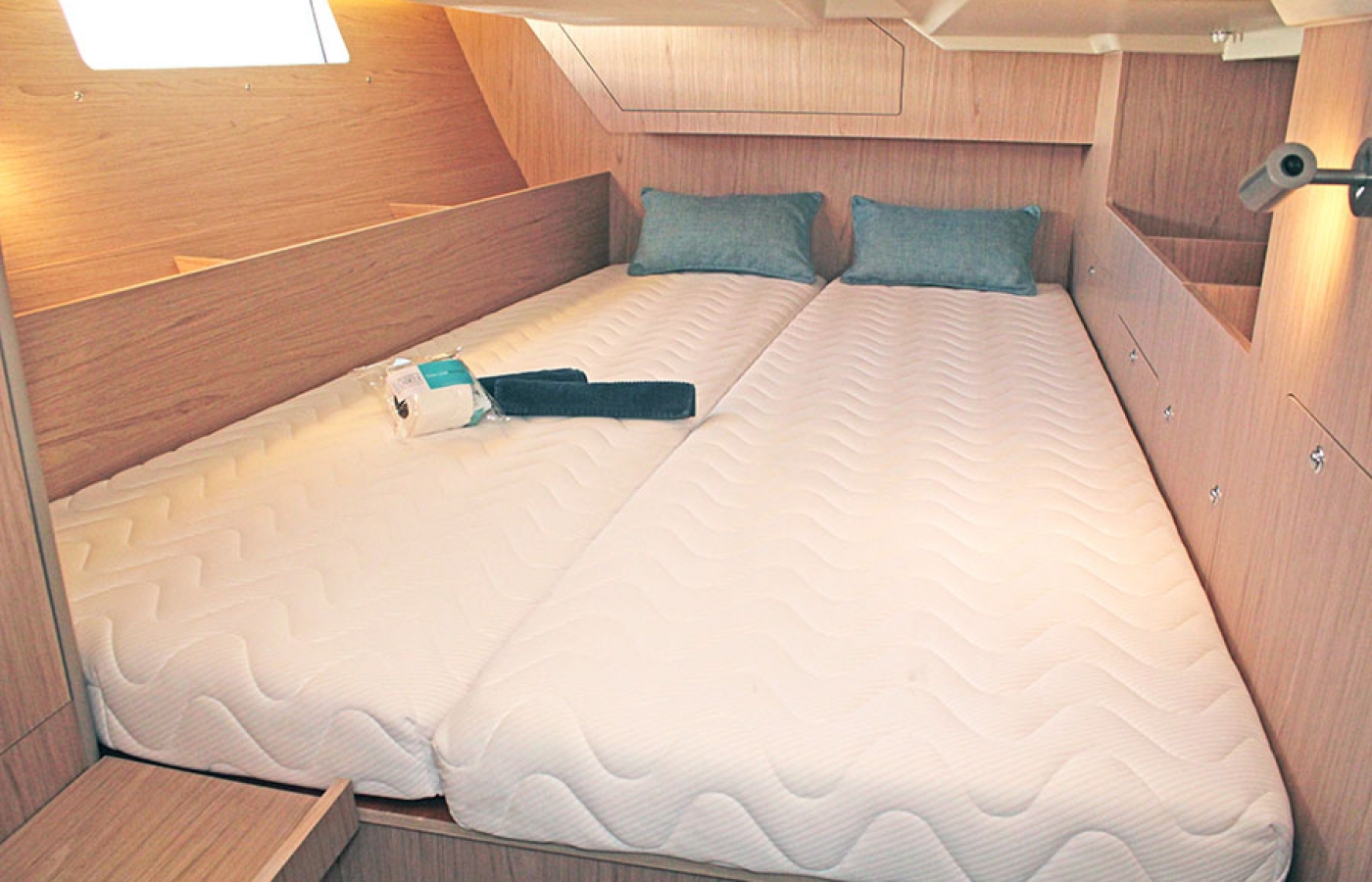 Large double cabin with bed and window