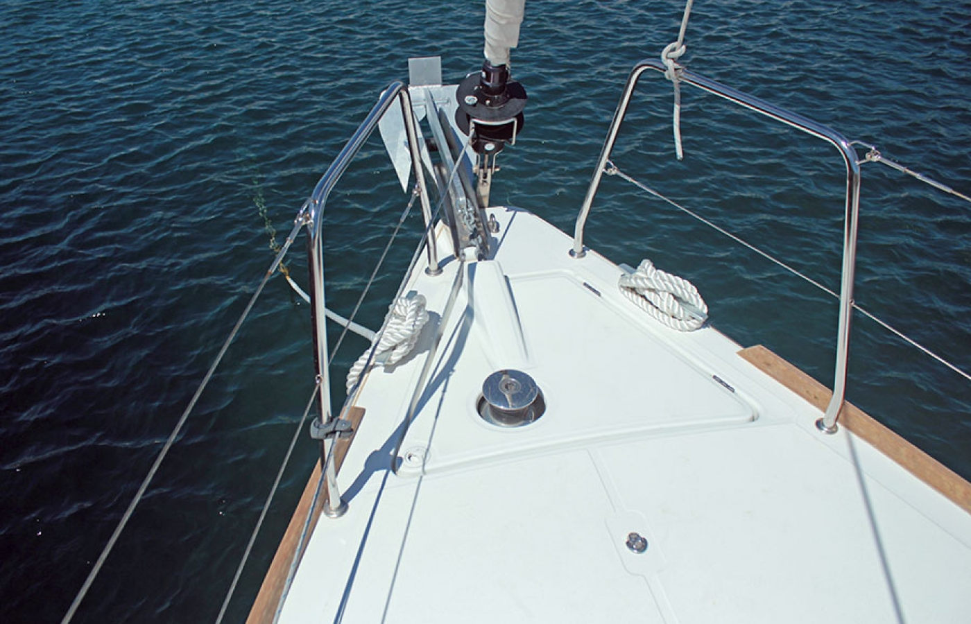 Beneteau Oceanis 38.1. FREEDOM  cruising the mediterrabean water