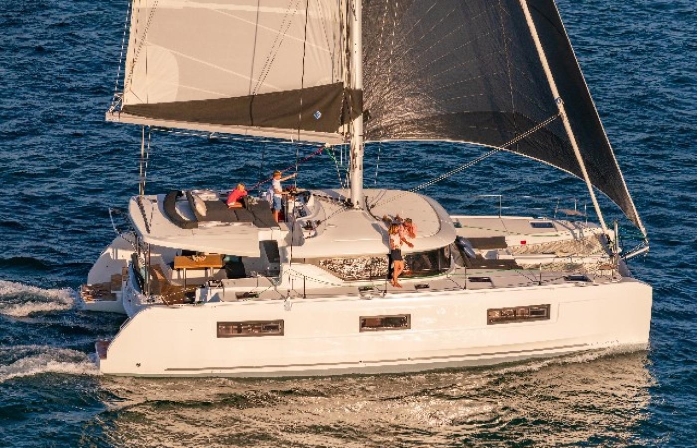 Lagoon 46 - Carruba sailing from Capo d'Orlando Marina