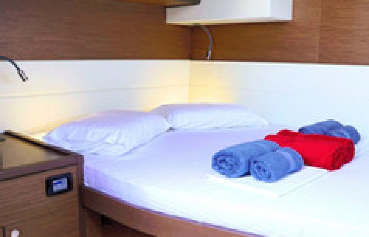 Bright double bed cabin