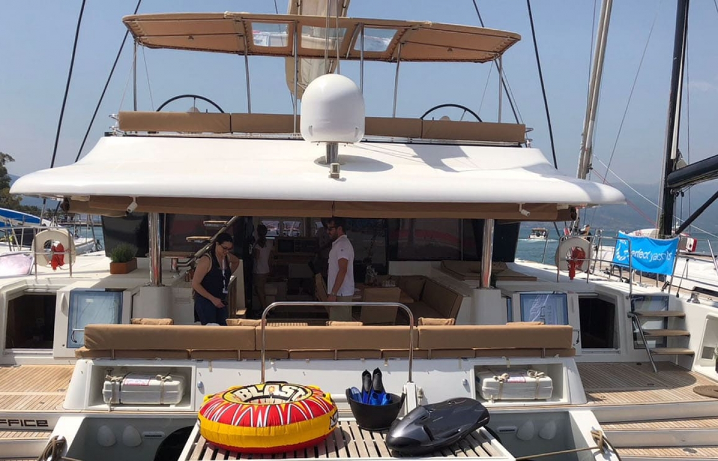 The stern of the Lagoon 62