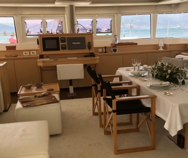 The galley of Lagoon 62 - MyOffice
