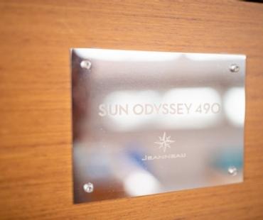 The Jeanneau Sun Odyssey 490 metal plack