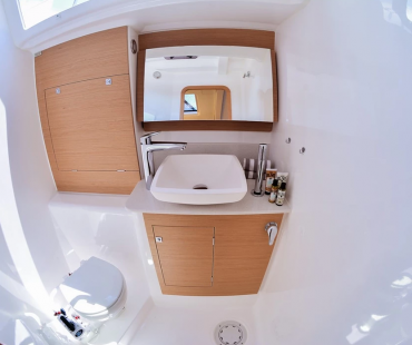Spacious en-suite with WC and Shower