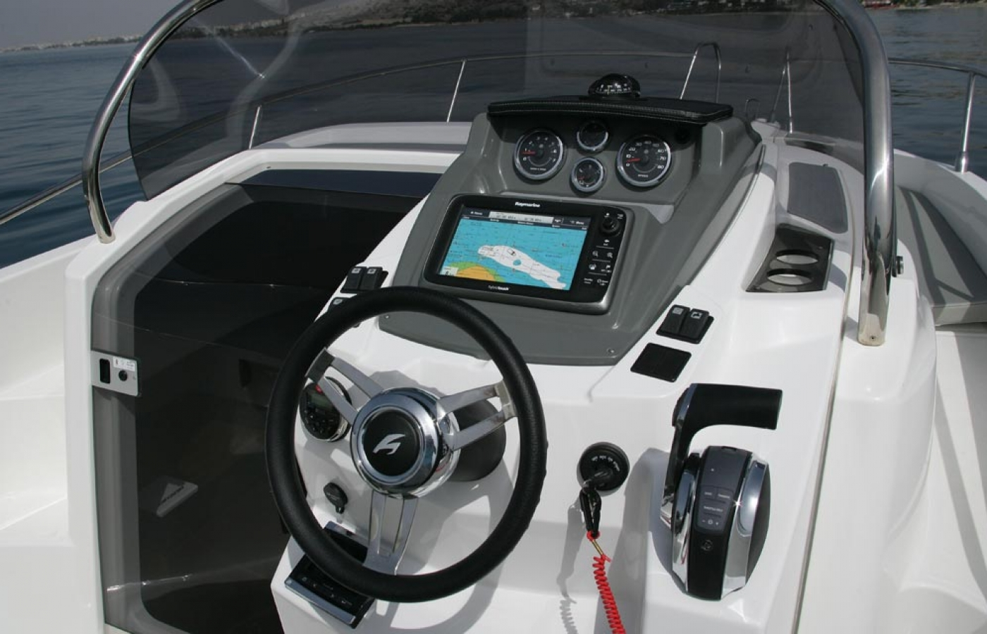 The cockpit of the Karnic SL702 - Meliti