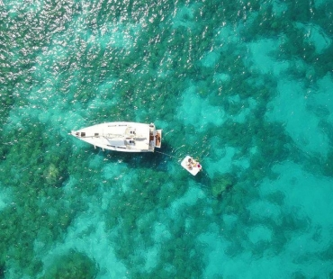 Birdseye view of Hanse 385 - Sernaka