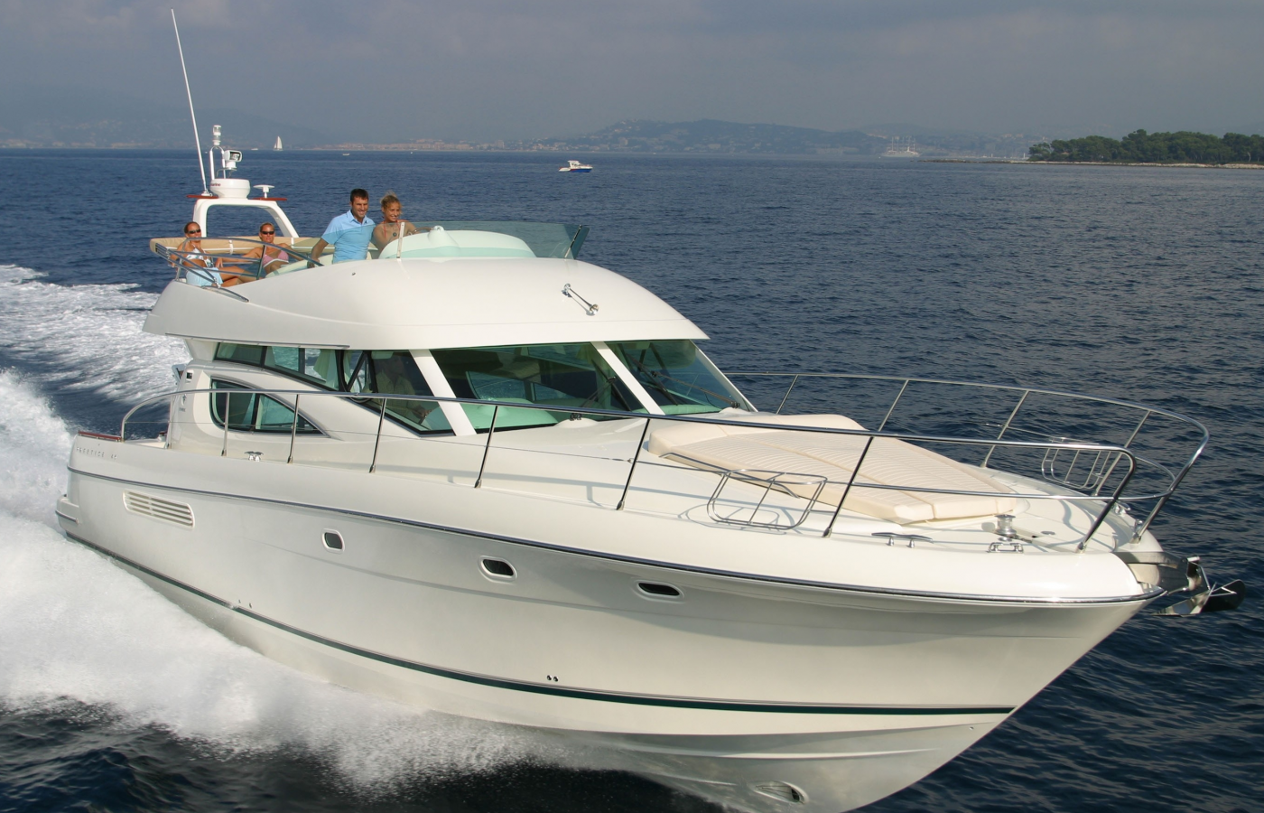 Prestige 46 motor yacht for charter