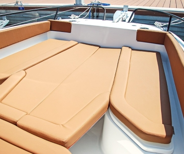 picture of the seating area on the deck