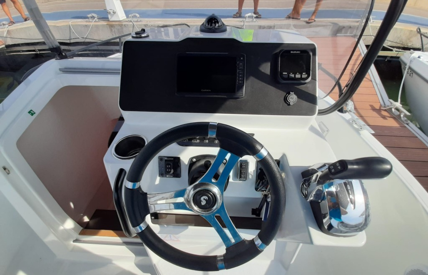The steering wheel and cockpit