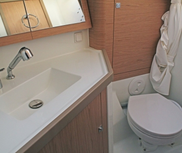 Manual toilet and sink